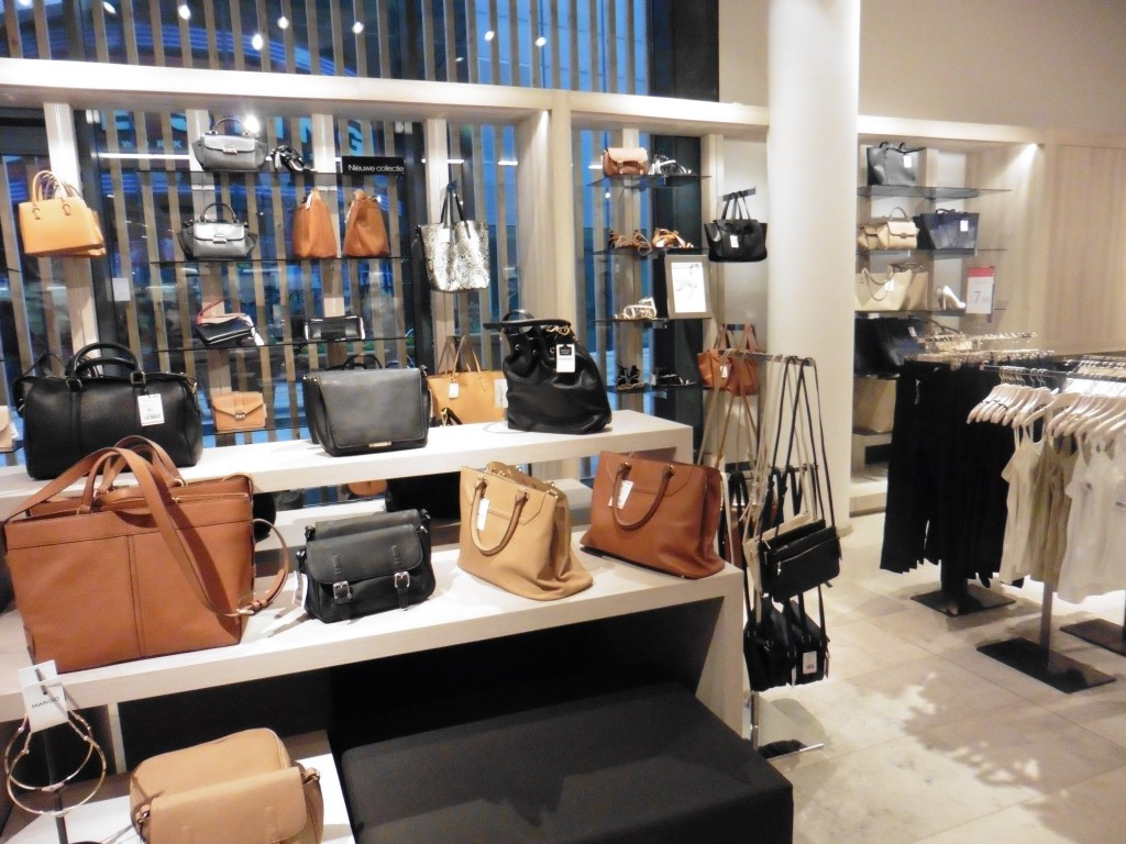 Mango flagship store Almere