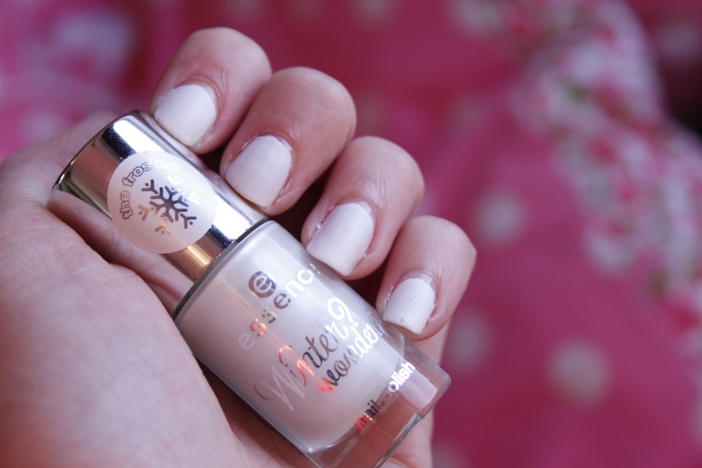 Essence The Frosted nailpolish