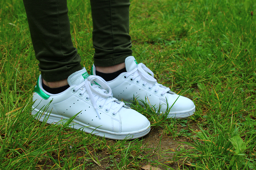 Outfit: Adidas Stan Smith sneakers
