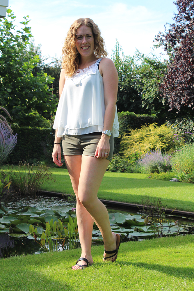 Outfit: Stradivarius shorts