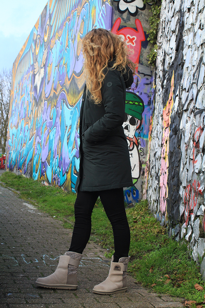 Outfit met snowboots