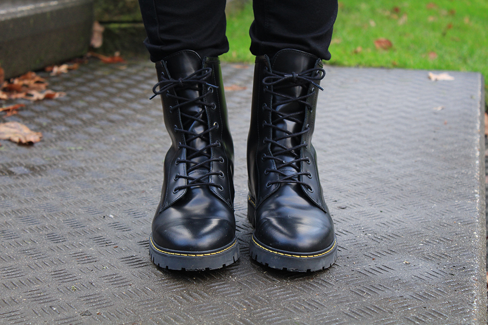 look a like dr. Martens